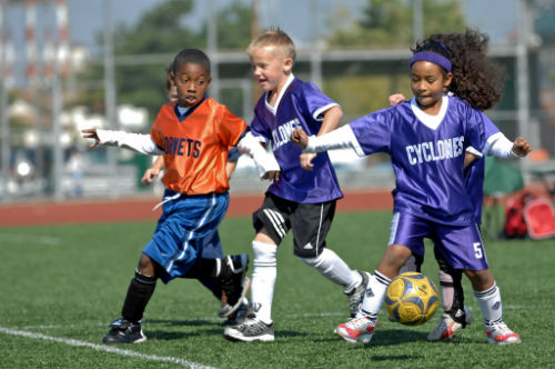 How to Practice Soccer with five year olds: 4 great drills you can use