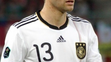 Thomas_Müller,_Germany_national_football_team_(03)